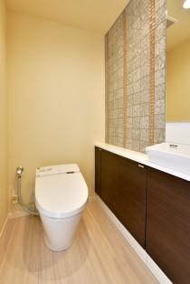 トイレ、床、壁、張替、手洗い、カウンター、造作、タイル壁、リノステージ