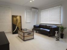 モノトーン、男前インテリア、床、張替、窓枠、塗装、ロクサ。ROKUSA