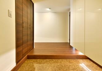 玄関、フロアタイル、収納、棚、シューズボックス、靴、リノステージ