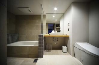 ガラス、仕切り、特質、洗面台、水回り、動線、リノベーション、スタイル工房