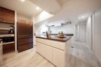 キッチン、材面、天板、人工大理石、マンション、リノベーション、イトーピアホーム