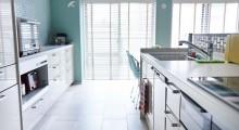 キッチン、アイランド、タイル床、マンション、リノベーション、インテリックス