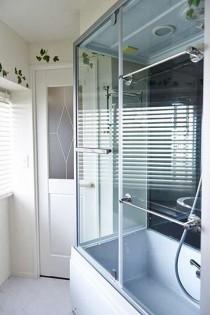 バスルーム、シャワーブース、洗面、水回り、マンション、リノベーション、インテリックス空間設計