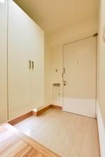 玄関、収納、フロート、靴、下駄箱、シューズボックス、マンション、リノステージ