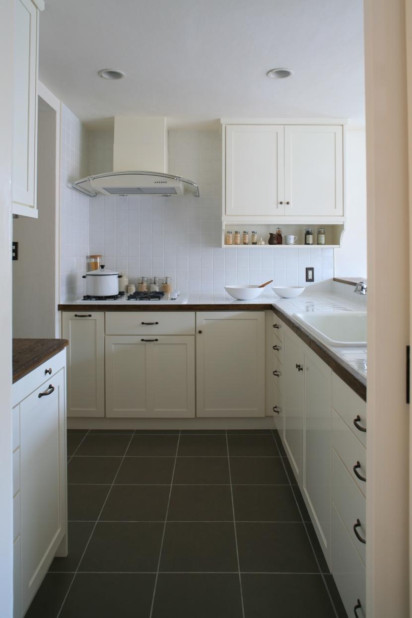 ヨーロピアンキッチン,白を基調,白いキッチン,リノベーション,FILE
