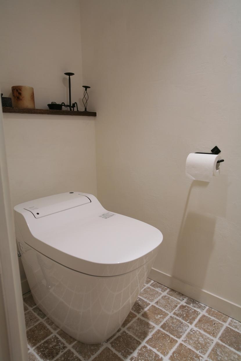 トイレ,白いトイレ,リノベーション,FILE