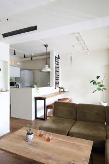 ペンキ、塗装、LDK、ダイニングキッチン、ベンチ、三井のリフォーム、リノベーション