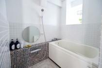 8-bath