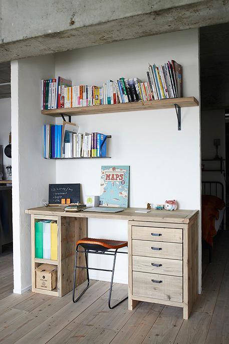 リビング、書斎、ワークデスク、木製、椅子、マンションリノベーション