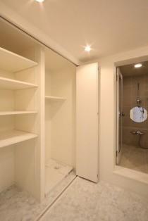 洗面所、サニタリールーム、水回り、リノベーション、バスルーム