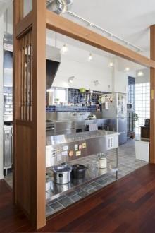 キッチン、ステンレスキッチン、リノベーション、タイル壁、タイル床、