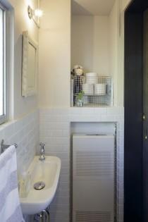 手洗い、トイレ、レトロ、リノベーション、サニタリー、タイル床、タイル壁