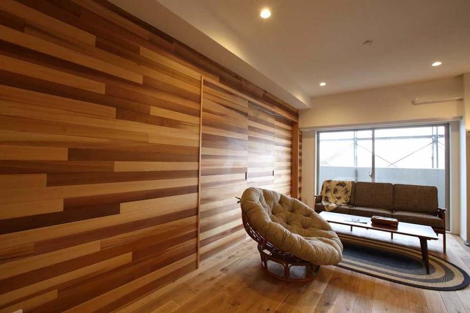 レッドシダー、引き戸、パネリング、壁面パネリング、リノベーション、天然木