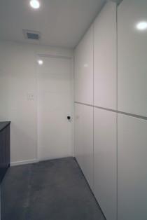 脱衣所、サニタリールーム、バスルーム、収納、壁付け収納、リノベーション、水回り