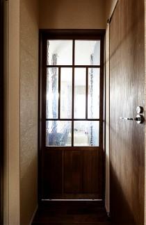 建具、ドア、ウォーターガラス、リノベーション、トラスト、和テイスト、レトロ