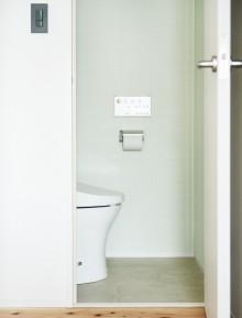 トイレ、レストルーム、アクセントクロス、リノベーション、インテリックス空間
