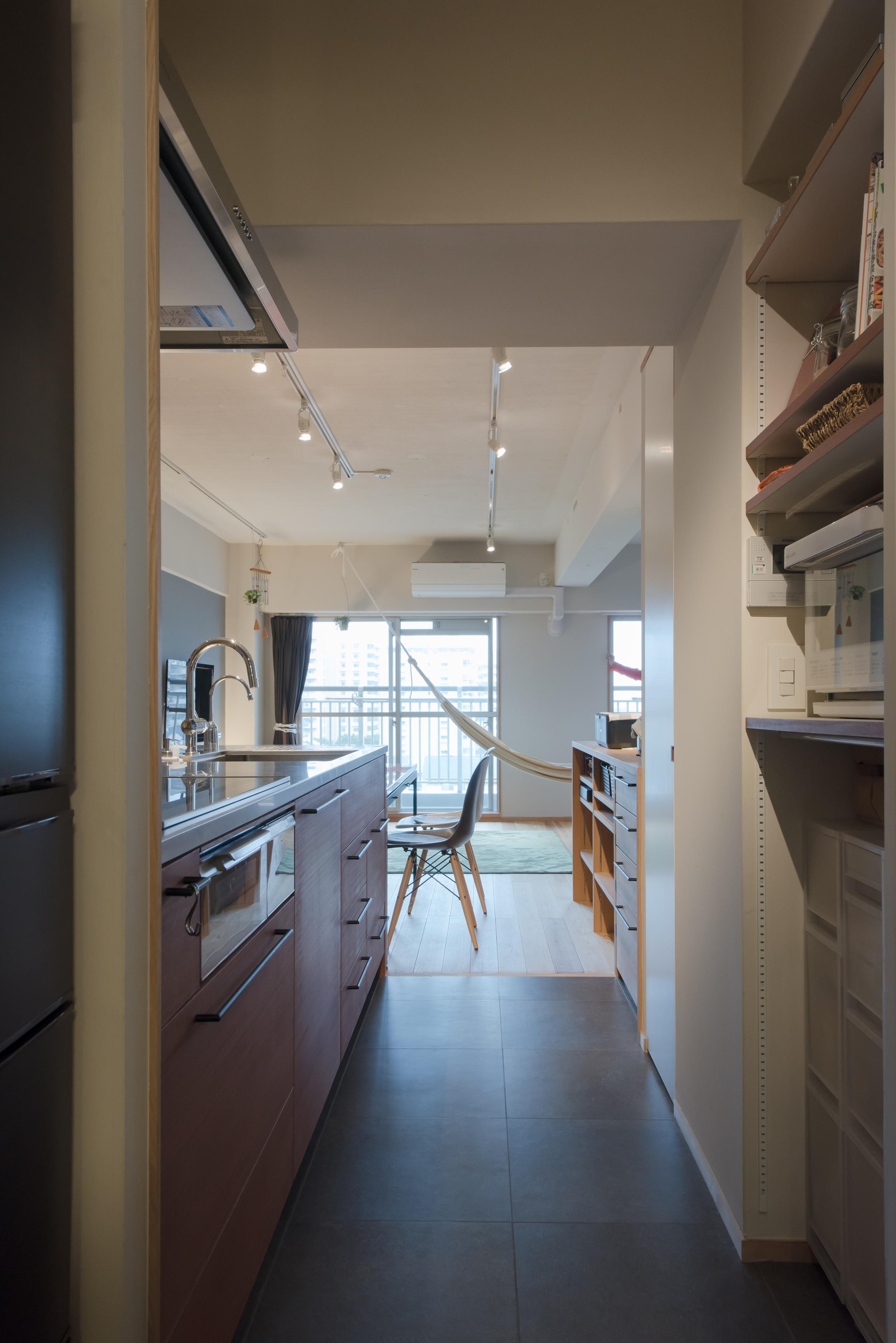 キッチンカウンター、キッチン、リノベーション、キッチン収納、マンションリノベーション、ハンズデザイン一級建築士事務所