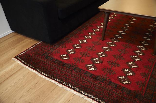 ペルシャ絨毯、アンティーク、フローリング、リノベーション、リノまま