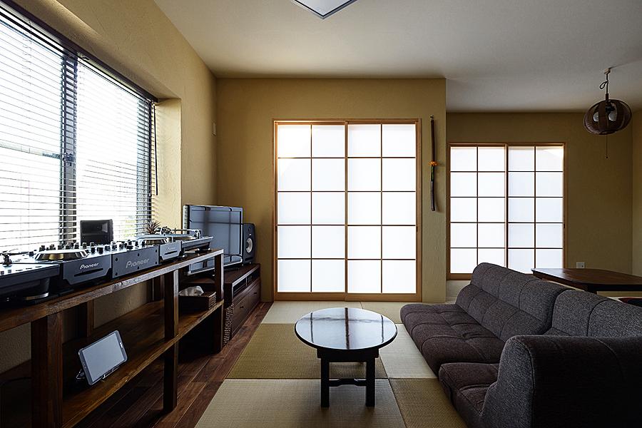 リビング、和室、障子、リノベーション、トラスト、和テイスト、畳