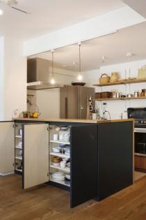 キッチンカウンター、カウンターキッチン、対面キッチン、キッチン収納、リノベーション