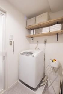 モルタル風、洗濯機置き場、ランドリー、リノベーション、スタイル工房