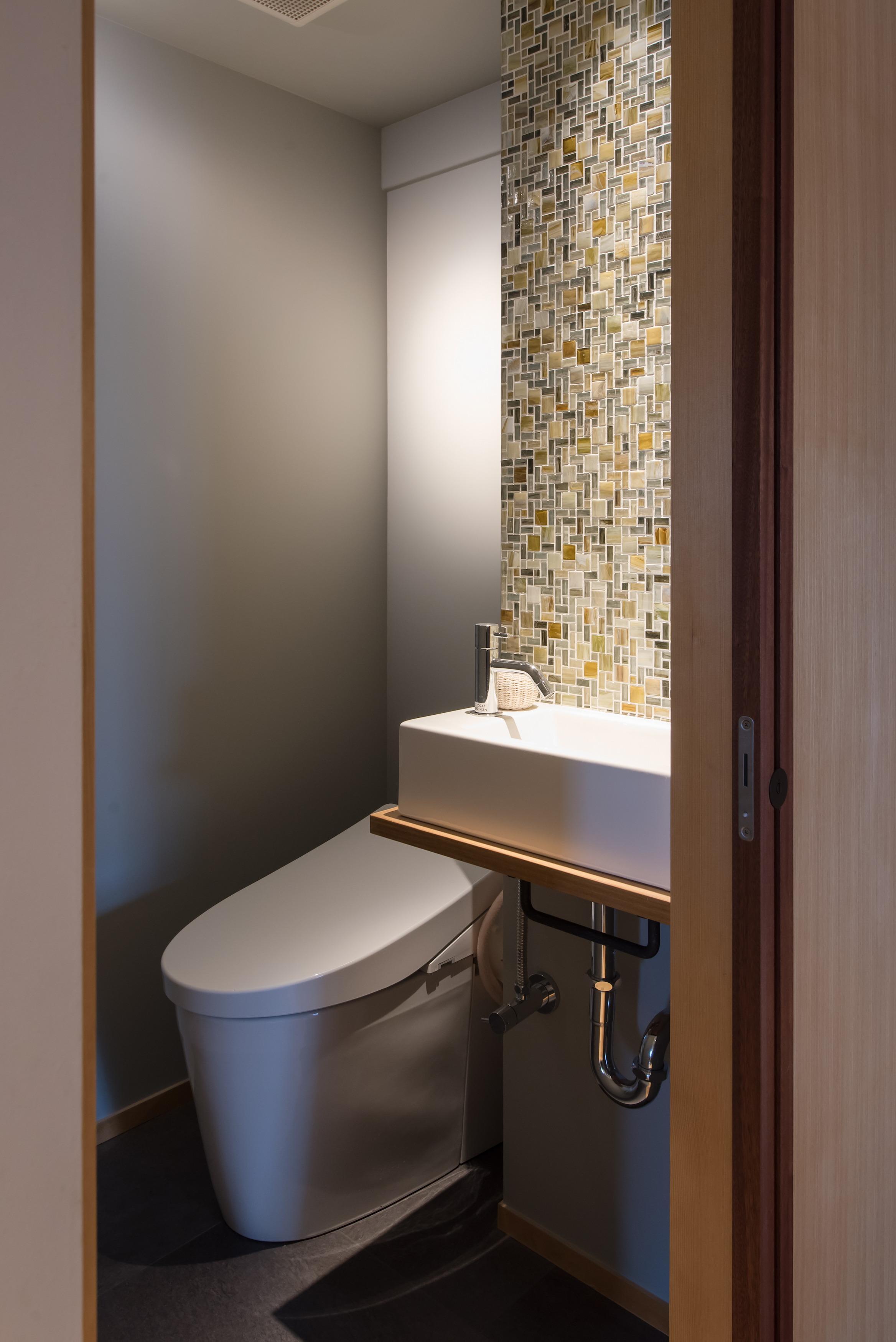 トイレ、レストルーム、リノベーション、マンションリノベーション、ハンズデザイン一級建築士事務所、タイル壁