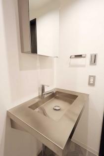 洗面台、ステンレス、シンプル、アウトドア、リノベーション