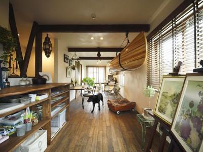 「LOHAS studio」の戸建リノベーション事例「愛犬も愉しむラウンジはヴィンテージスタイルで」