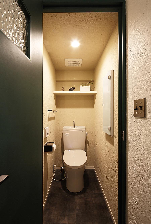 トイレ、漆喰、ワンルーム、リノベーション、トラスト、自然素材、擦りガラス