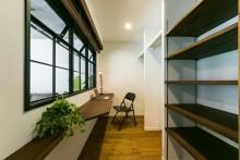 室内窓、アイアンフレーム、フリースペース、スタディスペース、クローゼット、リノベーション、リノベの一歩