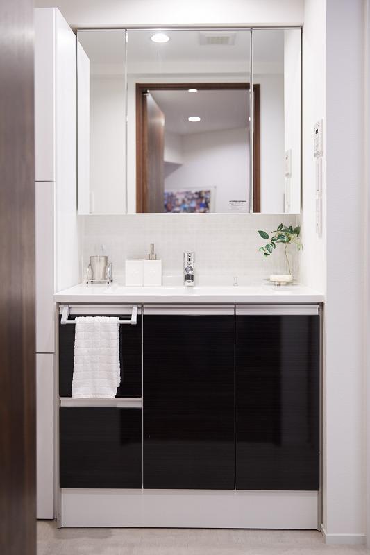 リノベーション、洗面台、シンプル、機能的、中古マンション、水廻り、水回り、インテリックス空間設計