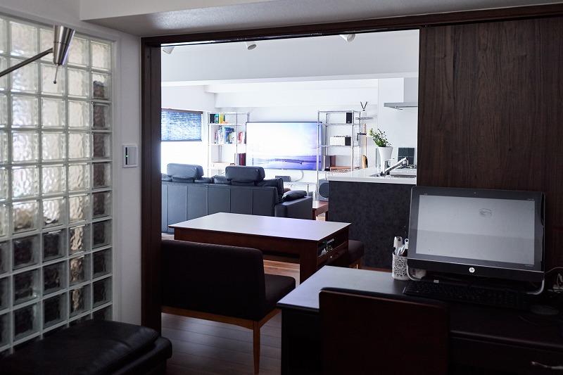 リノベーション、リビングルーム、ガラスブロック、書斎、中古マンション、スタディスペース、インテリックス空間設計