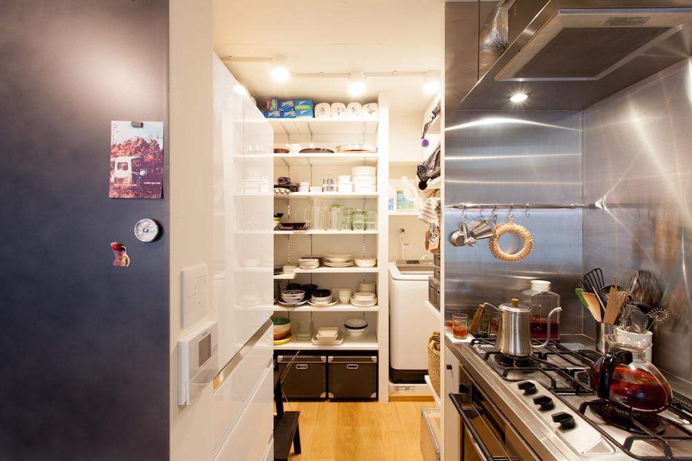 パントリー、納戸、キッチン収納、キッチン、水回り、水廻り、リノベーション、ecodeco