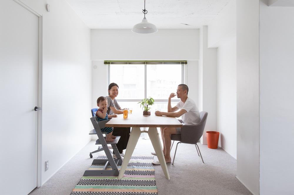 「インテリックス空間設計」のリノベーション事例「緑と日差しと、ナチュラルな素材。 見えないところも丁寧に仕上げた、子供にも優しい住まい。」
