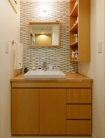 洗面台、洗面所、タイル壁、空間社、リノベーション、一人暮らし、