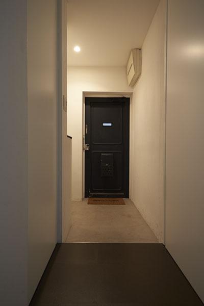 三和土、玄関、廊下、モルタル仕上げ、リノベーション、三井のリフォーム