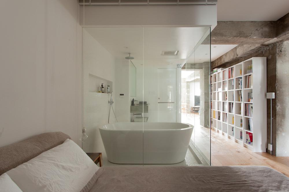 エコデコ、ecodeco、リノベーション、ワンルーム、バスルーム、ガラス張り、寝室、