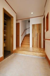 シューズインクローク、玄関、三和土、玄関収納、スタイル工房、リノベーション、自然素材