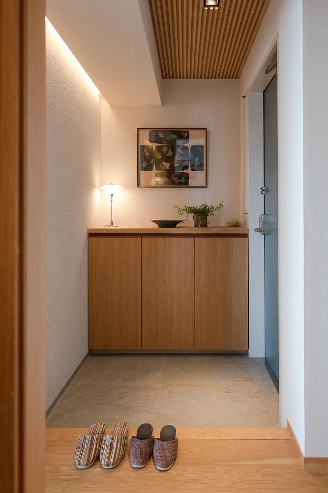 玄関、左官、塗り壁、自然素材、リノベーション、ハンズデザイン