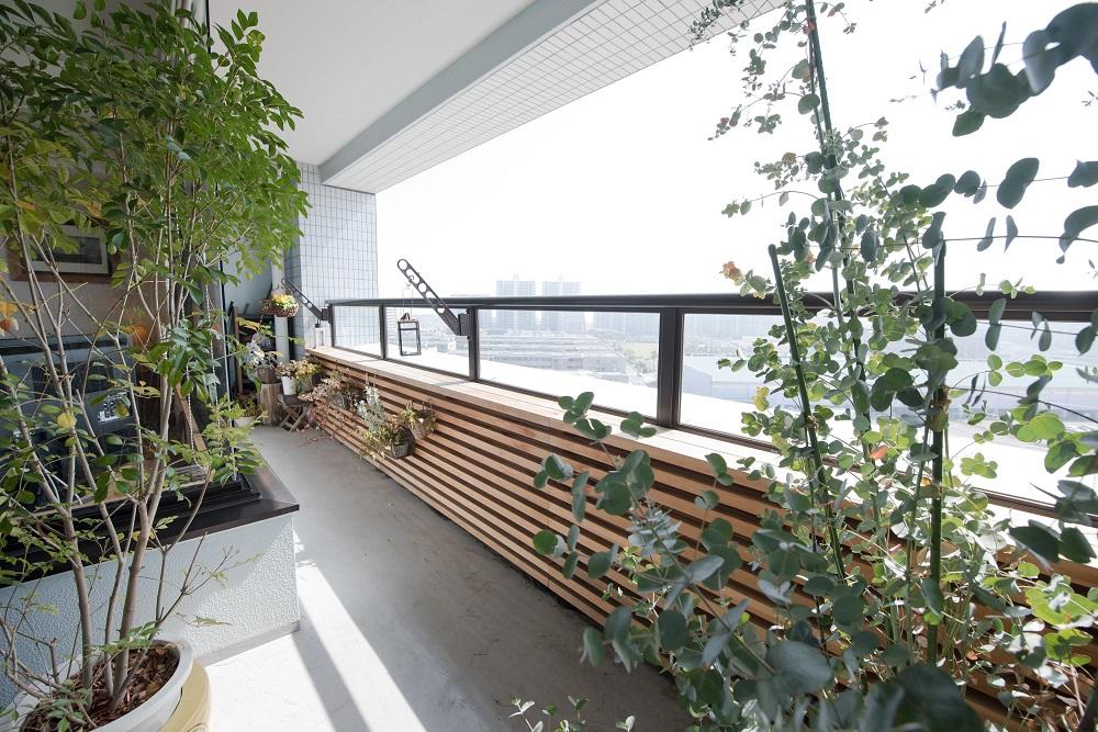 バルコニー、家庭菜園、ガーデニング、自然素材、リノベーション、ハンズデザイン