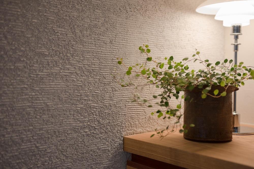 玄関、左官塗り壁、自然素材、リノベーション、ハンズデザイン