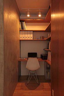 ツドウデザインスタジオ、リノベーション、団地リノベーション、建具、引込戸、書斎、読書、デスク、ワークスペース