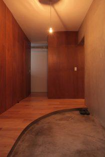 ツドウデザインスタジオ、リノベーション、団地リノベーション、玄関、三和土、建具、可変