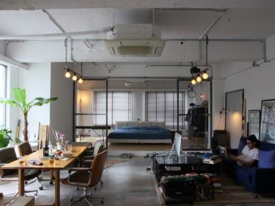 「HOUSETRAD(ハウストラッド)」のマンションリノベーション事例「シーンで分けた90平米のインダストリアルワンルーム 」