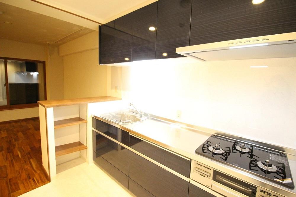 I型キッチン、壁付けキッチン、対面カウンター、キッチン収納、リノベーション、湘南リフォーム、