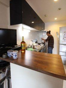 リノベーション、湘南リフォーム、I型キッチン、壁付けキッチン、対面カウンター、キッチン収納、