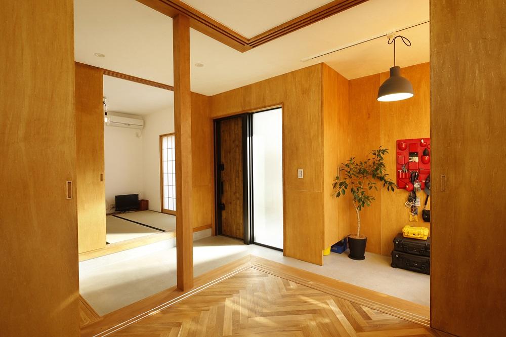 子供部屋、土間、大空間、採光、造作、ドア、建具