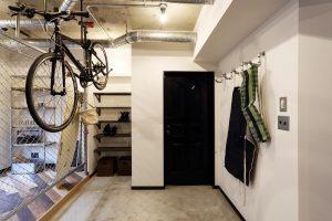 自転車、収納、水道管、フック、趣味、道具、Three Eight、ヤナセ不動産
