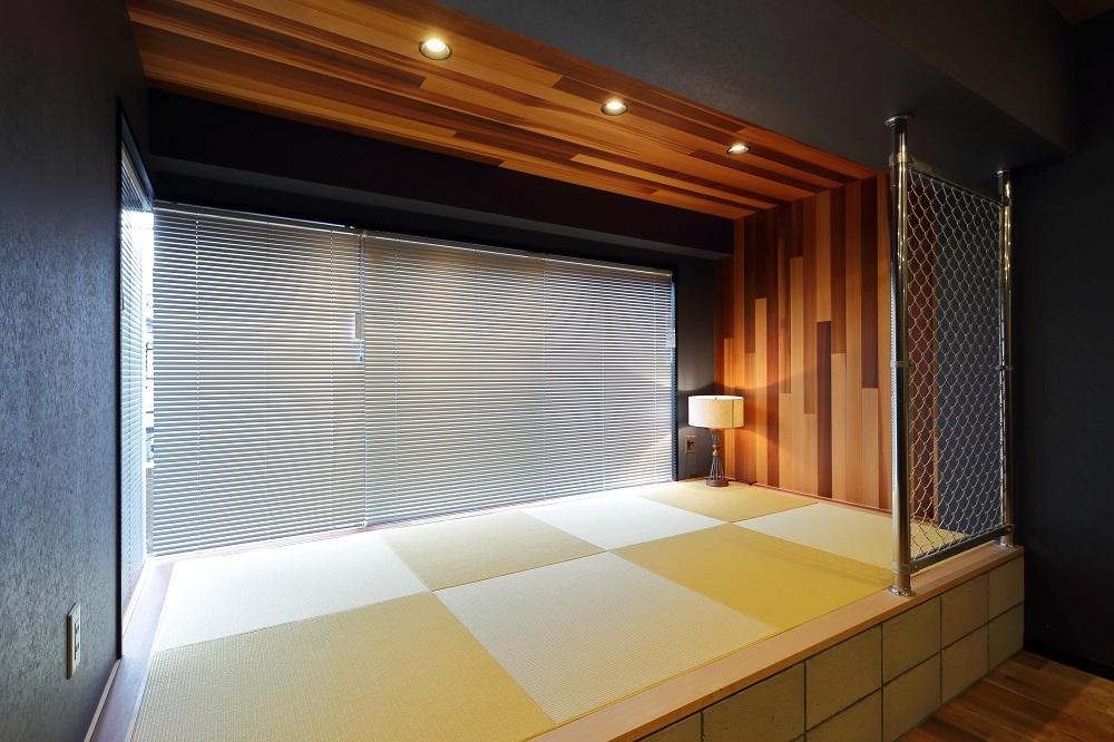 和室、畳、無垢材、壁、パネル、ダウンライト