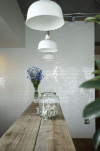 M・DESIGN ナチュラル タイル壁、キッチンカウンター、DIY、リノベーション